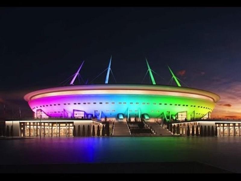 Новый стадион вПетербурге испытают большим концертом иярким светом