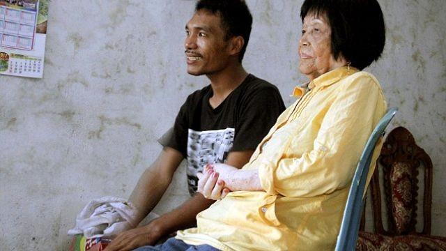 28-летний индонезиец женился на82-летней старушке, влюбившись вееголос