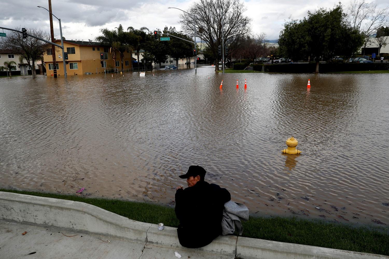 Наводнение вКалифорнии: граждан Сан-Хосе спасают иззоны затопления