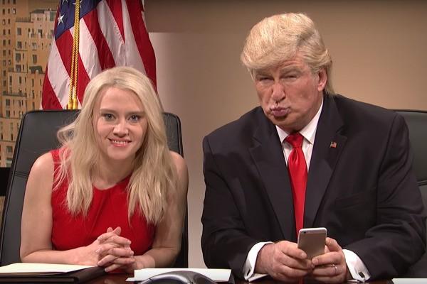Артист предложил Алику Болдуину заменить Трампа наужинах с корреспондентами