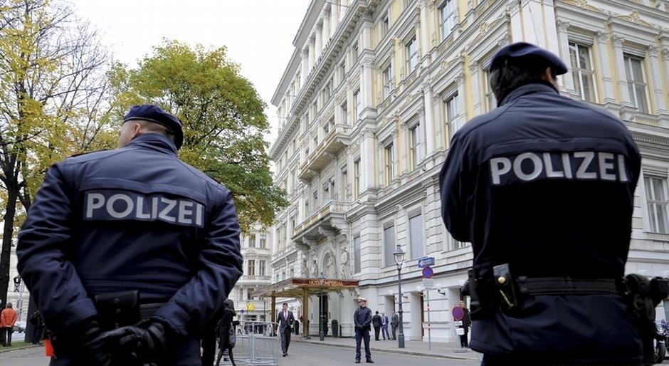 ВАвстрии поделу Фирташа задержали экс-советника Ющенко