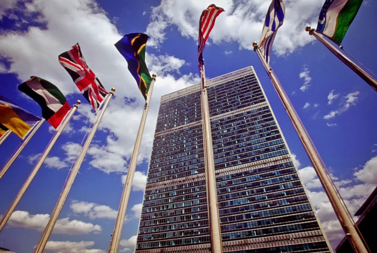 Уполномоченный ООН прокомментировал Указ В.Путина опризнании паспортов ДНР иЛНР