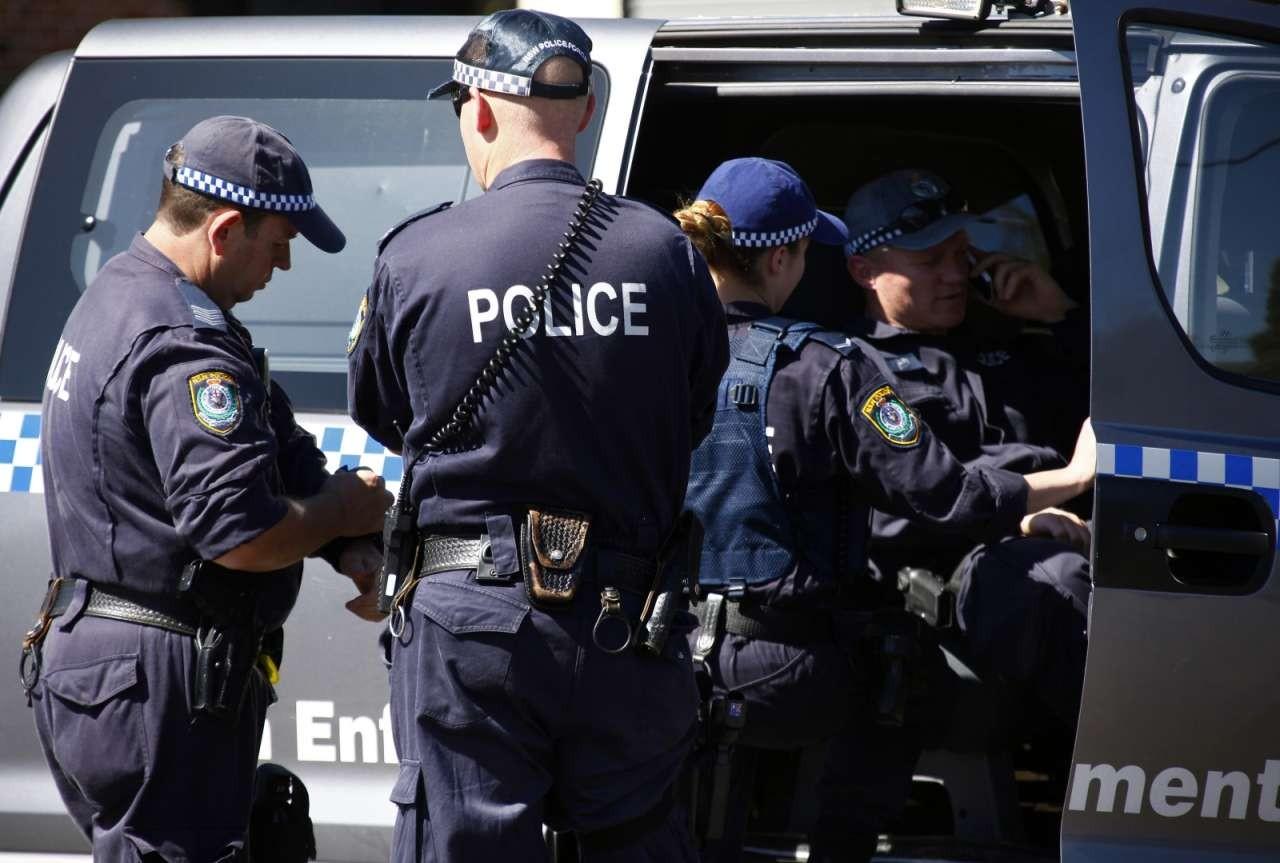 Милиция Австралии задержала мужчину запопытку посодействовать ИГ сделать ракеты