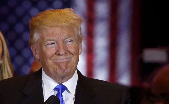 Дональд Трамп установил себе пятёрку сплюсом заработу напосту президента
