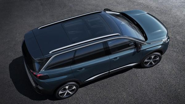 Высокий спрос на Peugeot 3008 отодвигает выход семиместного кроссовера 5008