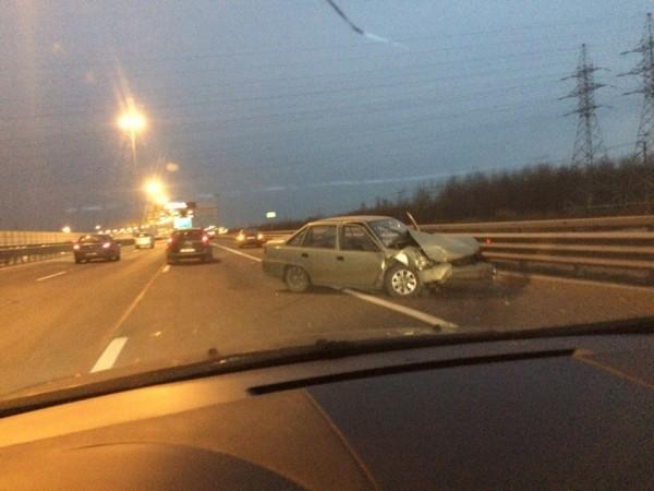 Массовая авария остановила движение на севере КАД