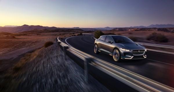 150 желающих хотят купить Jaguar I-Pace, выход которого только в 2018