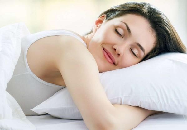 Ученые: Сон улучшает секс у женщин