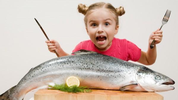 Ученые: Рыба способствует развитию интеллекта у детей