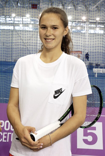 В рейтинг WTA попала российская теннисистка Вихлянцева, поднявшаяся с 115 на 89 место