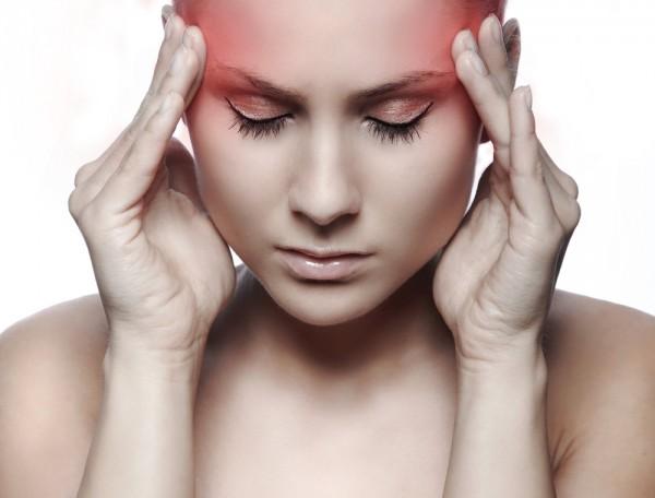 Ученые: Женщины страдают мигренью чаще мужчин