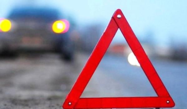 На западе Москвы столкнулись 4 автомобиля, есть пострадавший
