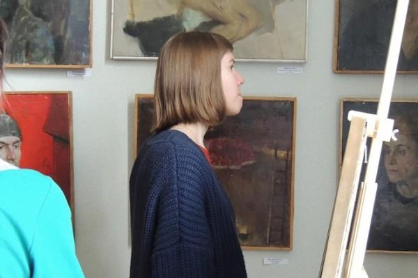 Во Владивостоке открыли выставку студенческого искусства