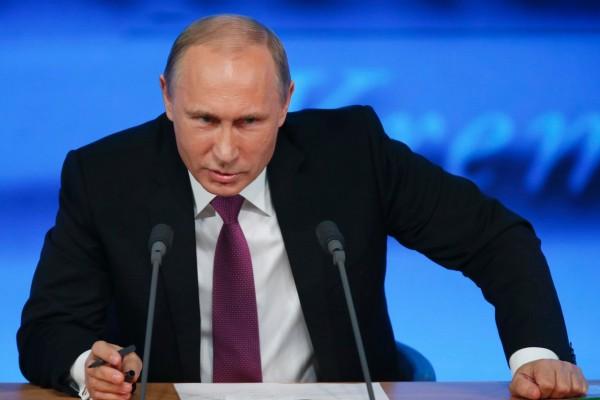 Путин издал распоряжение об организации в 2017 году семинаров-совещаний на тему внутренней политики