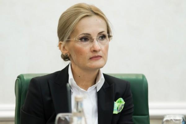 Ирина Яровая предложила ввести уголовную ответственность за склонение к смерти несовершеннолетнего
