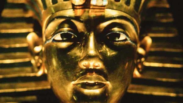 Ученые узнают, есть ли в гробнице Туттанхамона другие тайные комнаты