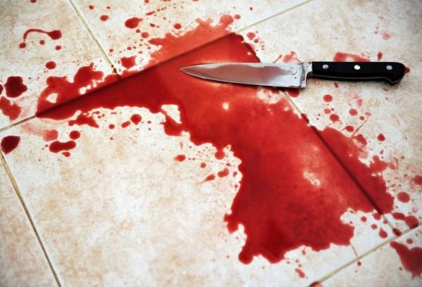 В Омске мужчина зарезал жену и ребенка, после чего убил себя