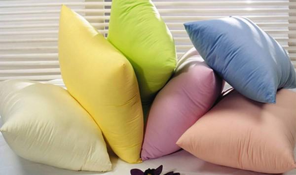 Учёные: Подушки необходимо менять хотя бы раз в 2 года из-за пылевых клещей