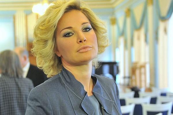 Гнесинка опровергает информацию об увольнении Максаковой