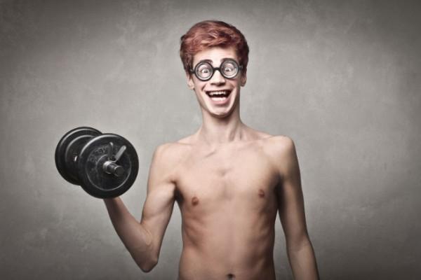 Учёные назвали банальную причину невозможности накачать мышцы