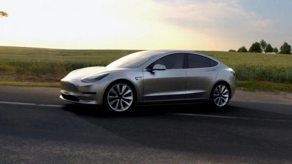 Появились подробности о бюджетном электрокаре Tesla Model 3