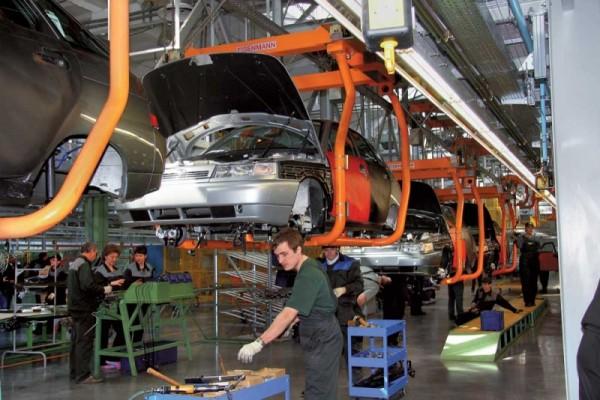 Производство легковых авто в РФ в январе увеличилось на 68%