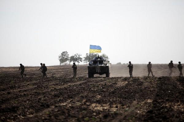 Украинские силовики соблюдают режим тишины на Донбассе