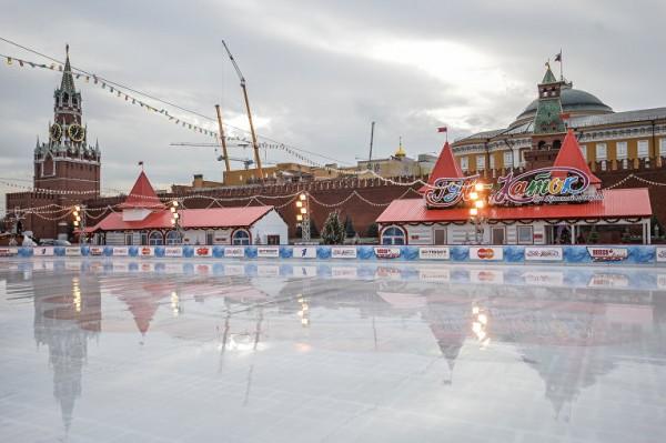В Москве организовали круглосуточное дежурство 300 бригад