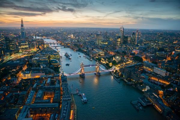 Пять подростков задержали в Лондоне по подозрению в терроризме