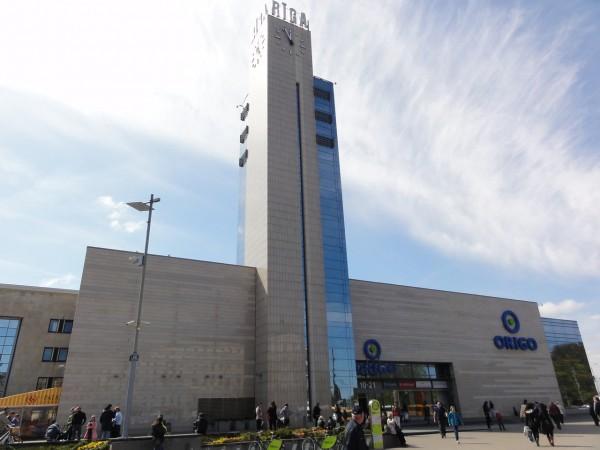 В Риге полиция провела эвакуацию из вокзала города