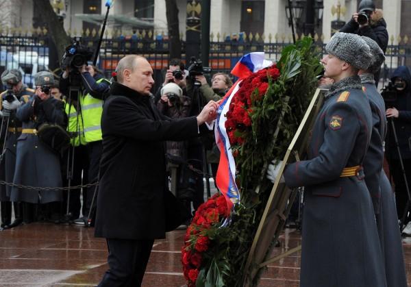 Песков поделился планами Путина на 23 февраля