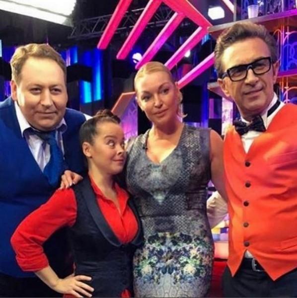 Наталья Медведева из Comedy Woman завидует формам Анастасии Волочковой