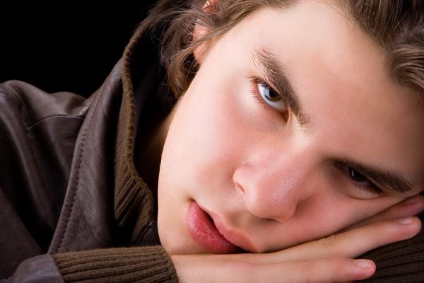 Ученые: Недоспавшие подростки склонны к правонарушениям в 4 раза больше, чем взрослые