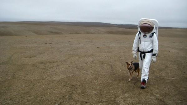 Россия первой в мире отправит туристов на Луну