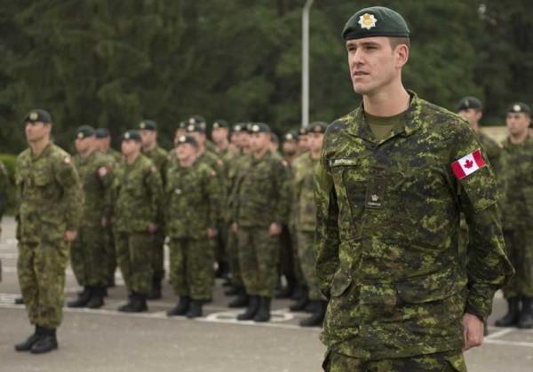 Канада проводит ротацию военнослужащих на базе НАТО в Польше
