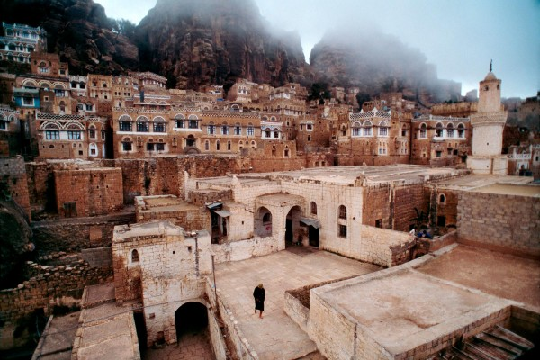 В юго-западной части Йемена прогремел мощный взрыв, есть жертвы