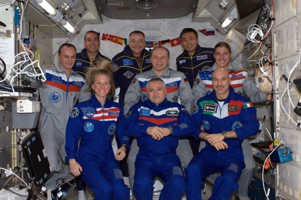 Астронавты на МКС не смогли остановить утечку аммиака