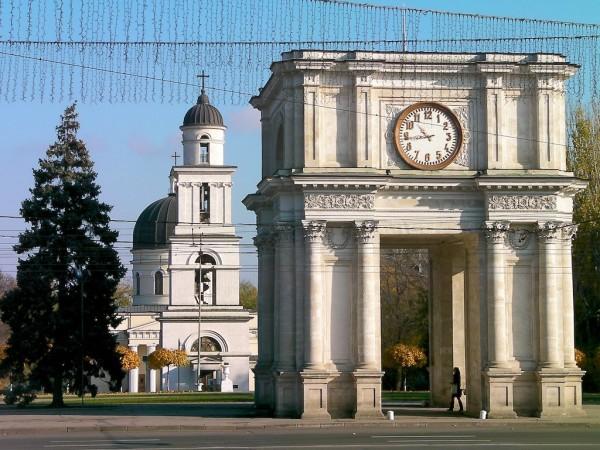 Депутаты Кишенёва наградили мэра города странным призом