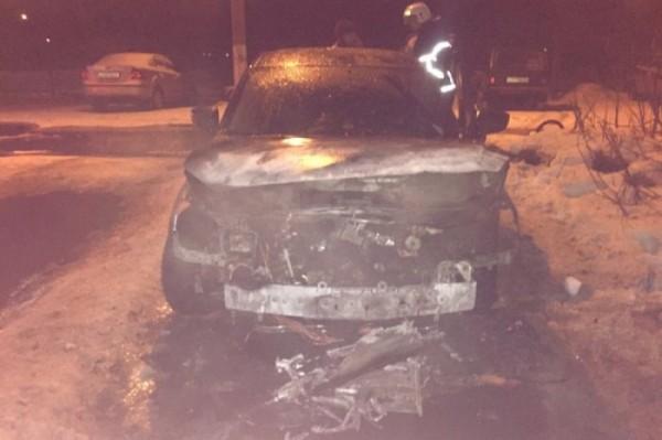 В Туле ночью загорелась Masda 3