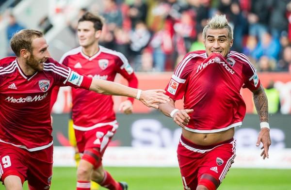 «Боруссия» победила на выезде «Ингольштадт» благодаря скандальному голу