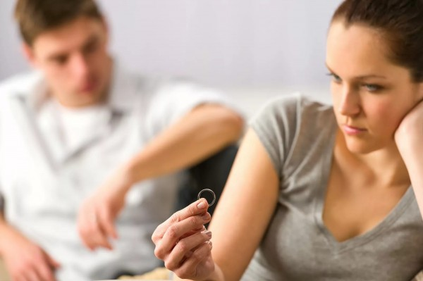 Ученые назвали самые популярные месяцы для развода