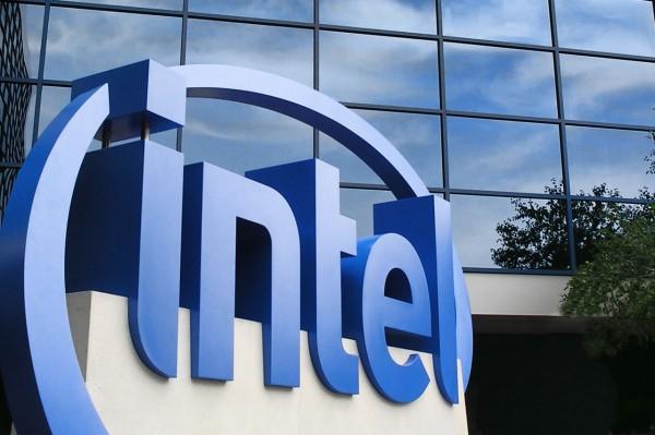 Intel планирует разработать процессоры для смартфонов