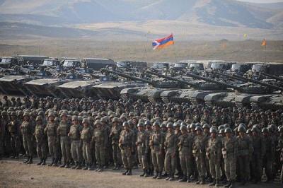 Ереван призвал Баку воздержаться от военных действий