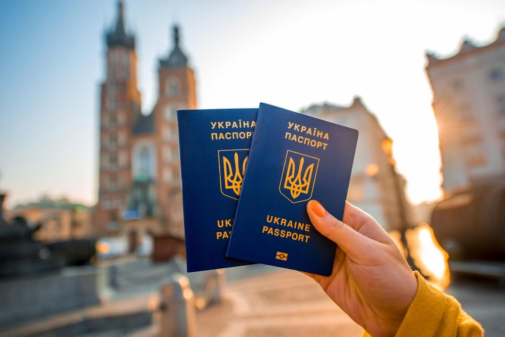 Европарламент иСоветЕС согласовали отмену виз для украинцев