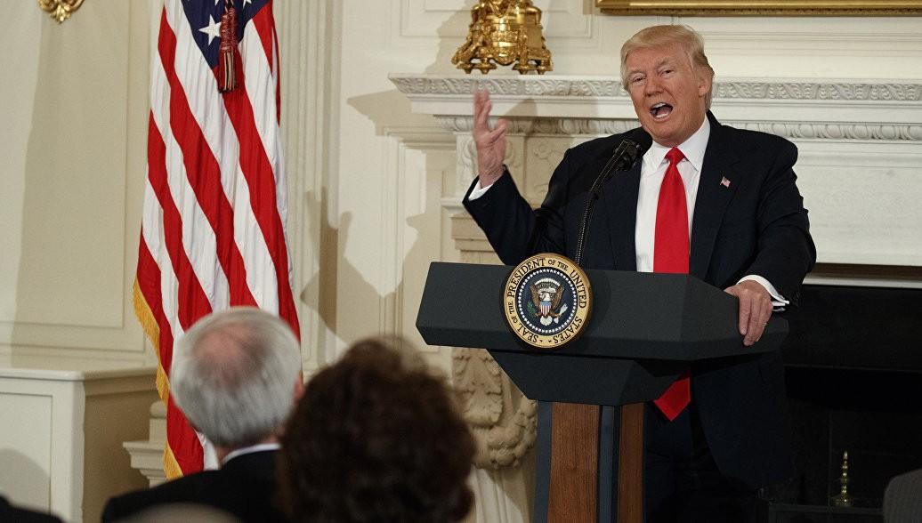 Опрос: Большинство американцев позитивно оценили речь Трампа в съезде