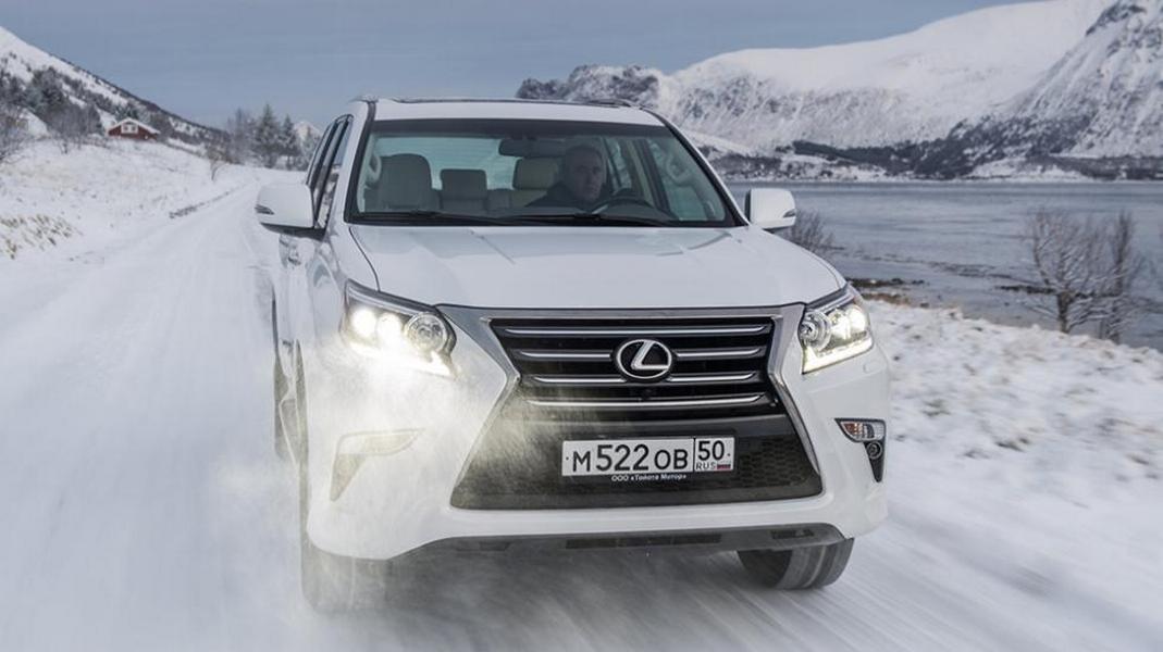 В России подешевели четыре модели Lexus