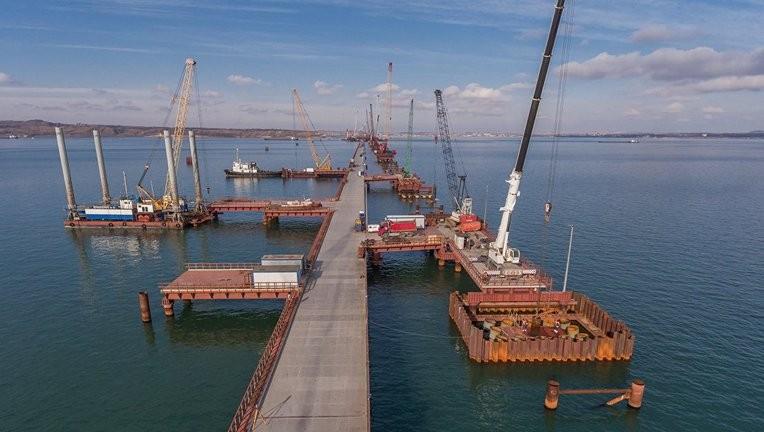 Керченский мост обещают построить всрок икачественно