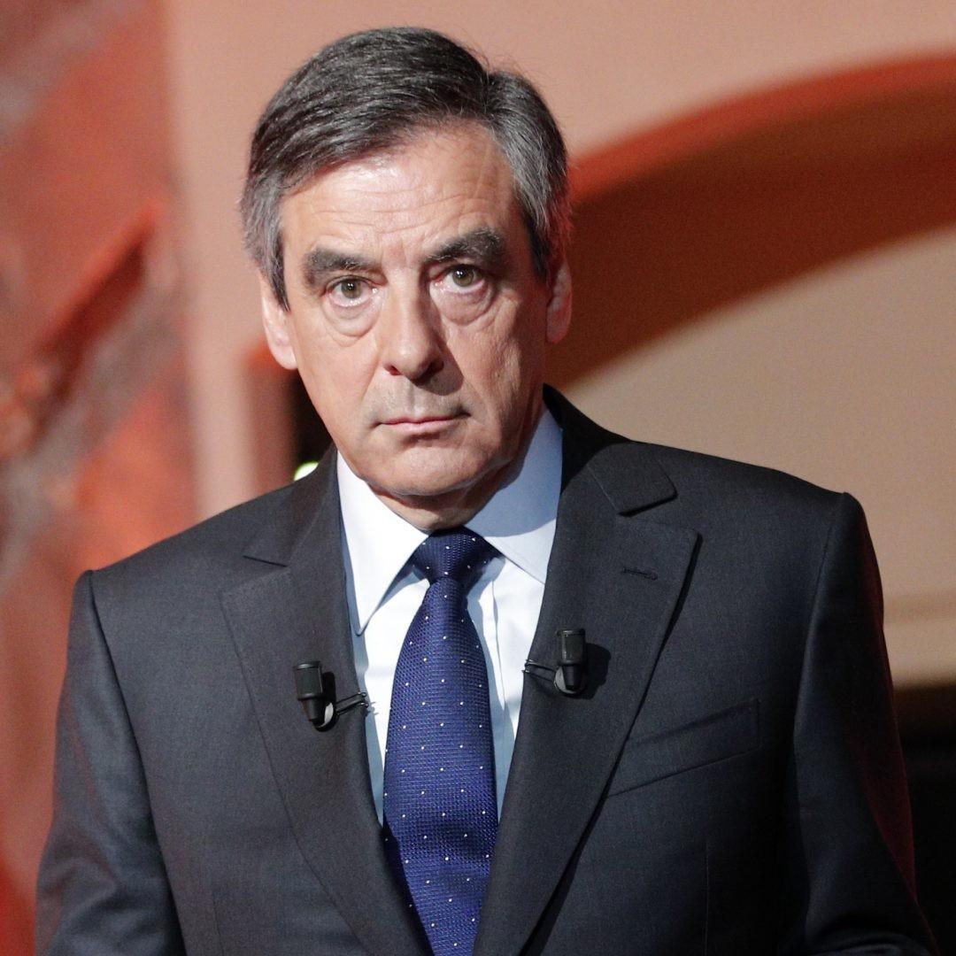 Руководитель предвыборного штаба Фийона подал вотставку