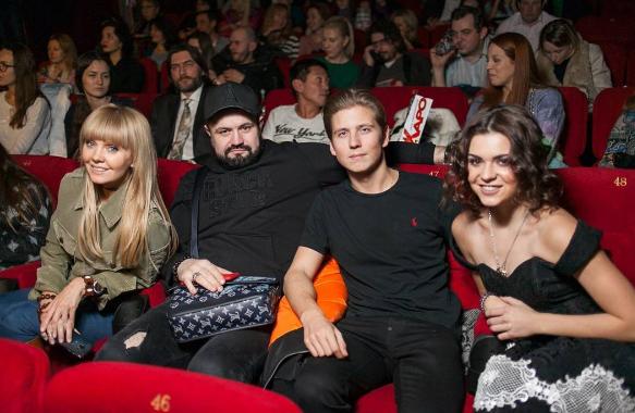 Аделина Сотникова начала встречаться ссыном Валерии?