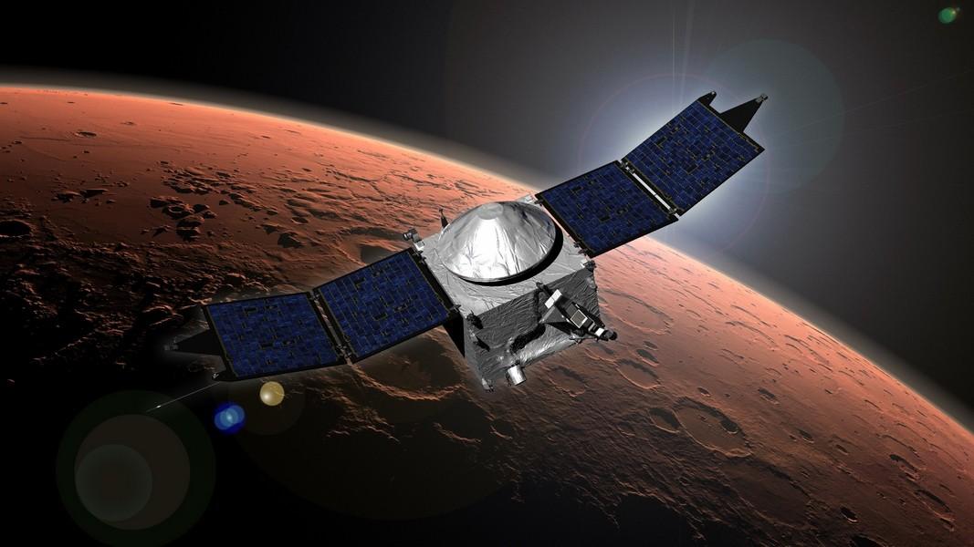 NASA предотвратило столкновение аппарата MAVEN сФобосом